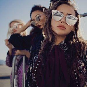 Quay - Super Girl Mirrored Gold Sunglasses